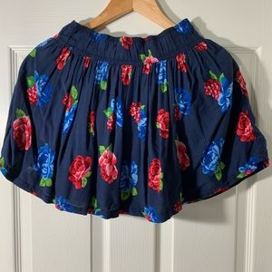 Sale! 5/$25 Abercrombie& Fitch Floral Mini Skirt S